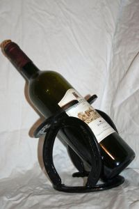 Single Bottle Wine Rack Plans - WoodWorking Projects & Plans