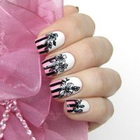 1000+ images about Flower Nail Designs 2013 on Pinterest ...