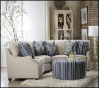 25+ Best Ideas about Small Sectional Sofa on Pinterest ...