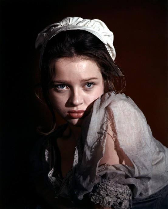 Hairstyle Ideas Upload Photo Free Diana Dors As Charlotte The Maid In David Lean 39;s Oliver