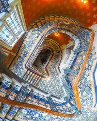 Best 25+ Grand staircase ideas on Pinterest | Luxury ...