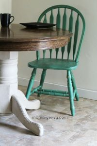 25+ best ideas about Painted Round Tables on Pinterest