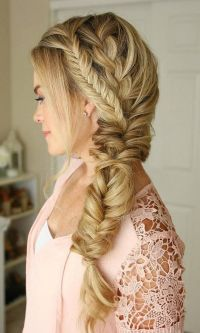 17+ best ideas about Fishtail Wedding Hair on Pinterest ...