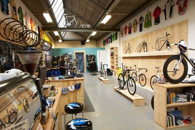 Cool Shop Simple With Good Lighting And Layout Shop - Cycle Shop