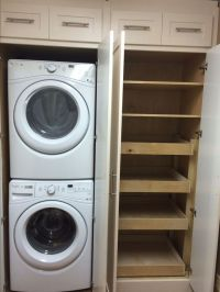 25+ best ideas about Pantry laundry room on Pinterest ...