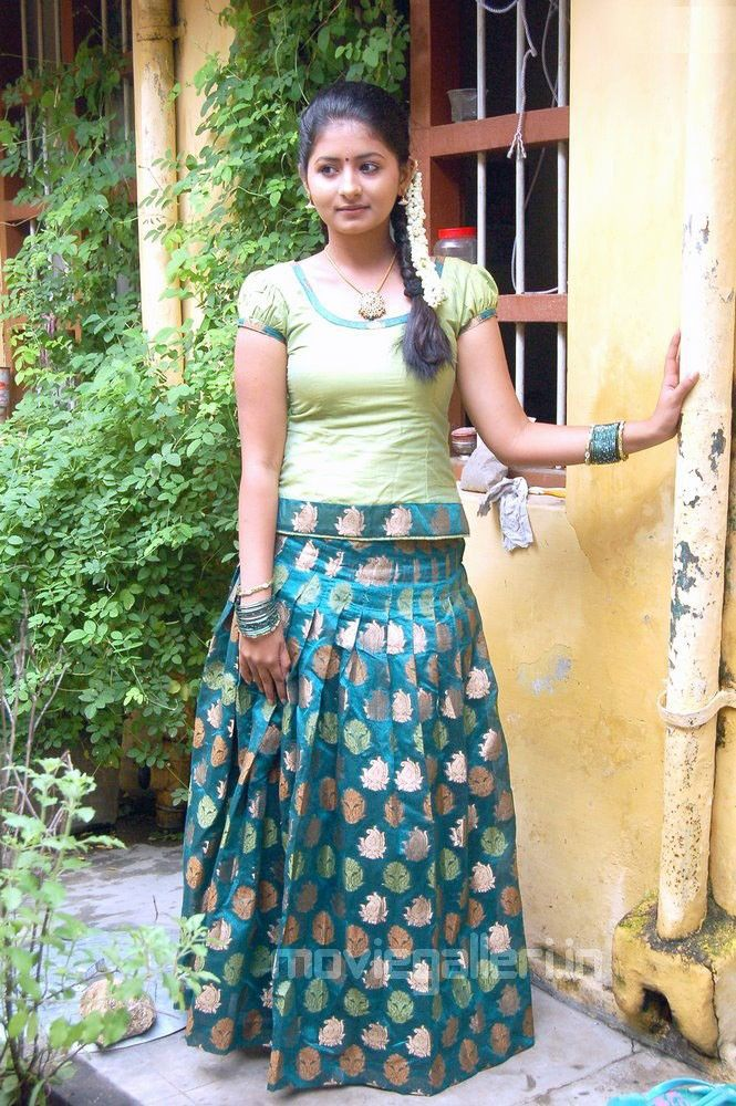 Cute Small Girl Full Hd Wallpaper 10 Images About Pavadai Chattai Skirt Amp Blouse On