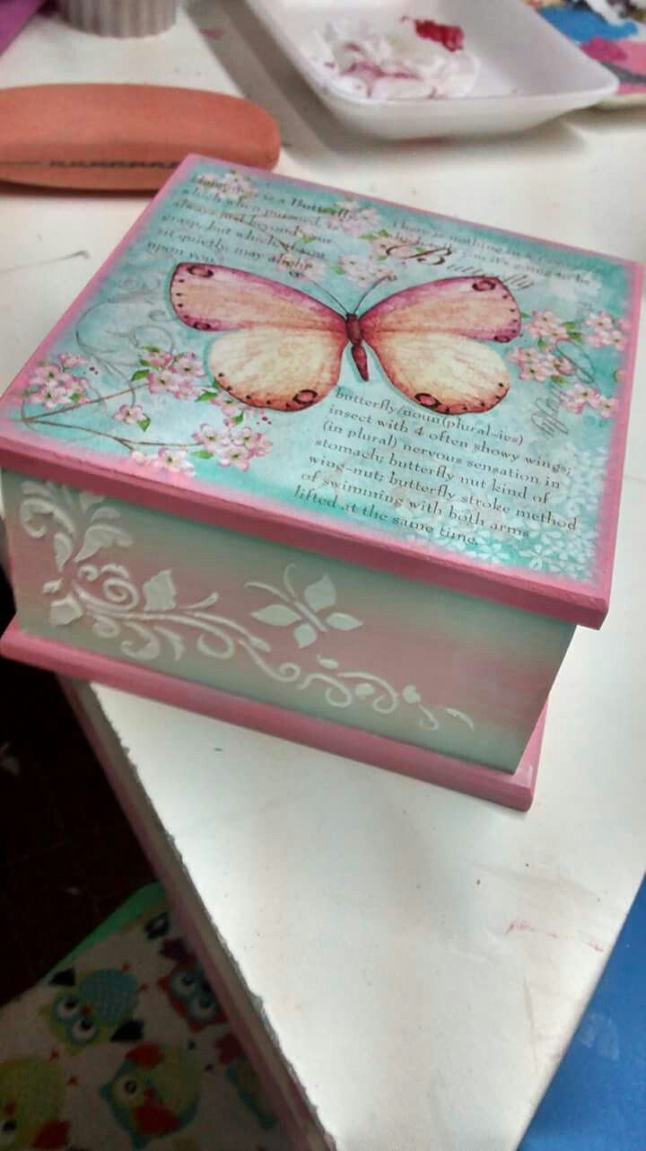 Decorar Cajas Con Servilletas 25+ Best Ideas About Decoupage Box On Pinterest | Farewell