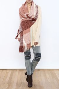 25+ best ideas about Fringe scarf on Pinterest | No sew ...