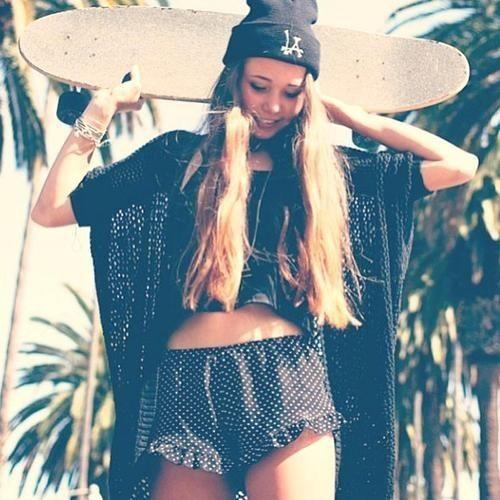 Longboard Girl Wallpaper Skater Girl Fashion Style Fashion Style Pinterest