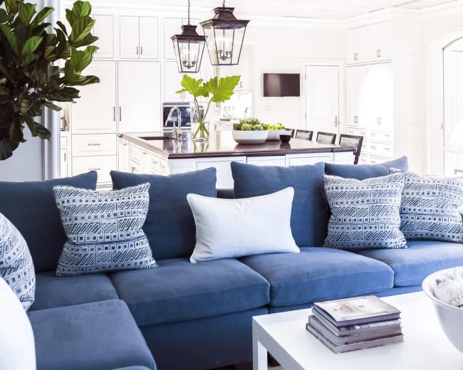 25+ best ideas about Blue couches on Pinterest