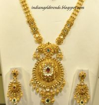 Latest Indian Gold and Diamond Jewellery Designs: Malabar