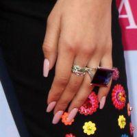 25+ best ideas about Zendaya nails on Pinterest   Zendaya ...