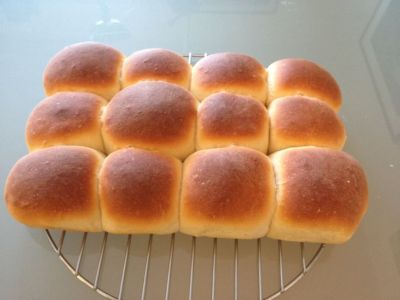 Top 25 ideas about Homemade Dinner Rolls on Pinterest | Bread rolls, Yeast rolls and Homemade rolls