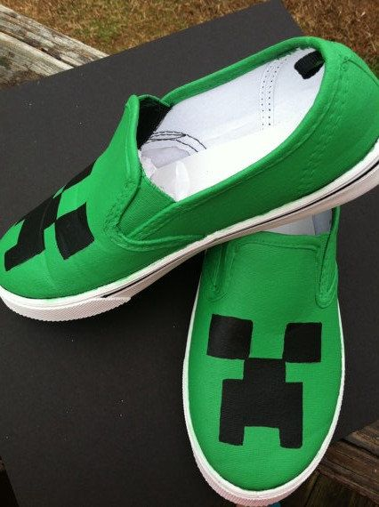 Minecraft shoes/ canvas/ creeper/ slipon/big boys/ teenage