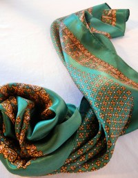 Green and Gold Satin Scarf, Tudor Rose with Paisley Border ...