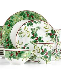 17 Best images about Christmas Dinnerware on Pinterest ...