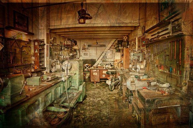 Old Time Car Wallpaper Hd Vintage Workshop Very Vintage Workshop Motorcycle And