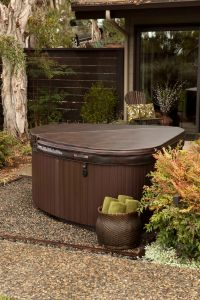 1000+ ideas about Backyard Hot Tubs on Pinterest | Hot ...
