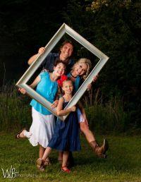 1000+ Family Photoshoot Ideas on Pinterest | Photoshoot ...