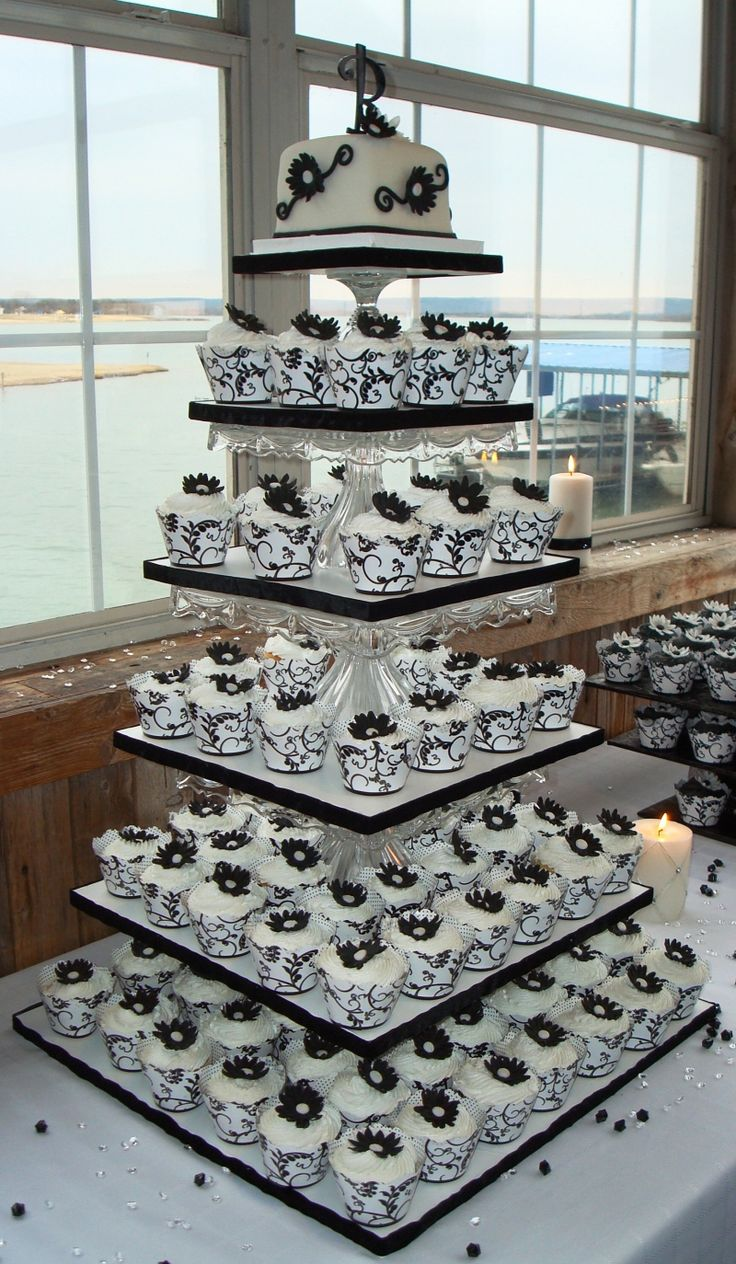 cupcake wedding cakes wedding cupcake ideas Delicious Banana Cream Pie Cupcakes That Will Make Your Mouth Water