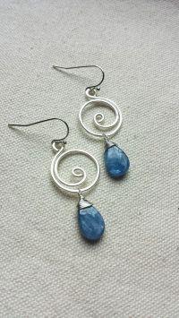 10+ best ideas about Wire Earrings on Pinterest   Wire ...