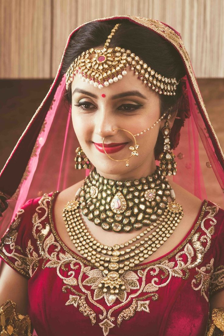 indian bridal jewelry wedding jewelry Indian Wedding Jewelry Polki Jewelry WedMeGood Polki Ruby and Pearl Matha Patti