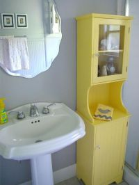 25+ best ideas about Grey yellow bathrooms on Pinterest ...