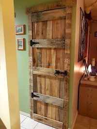 Best 20+ Pallet Door ideas on Pinterest | Wooden screen ...