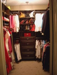 his and hers Closet design ~Master bathroom walk in closet ...