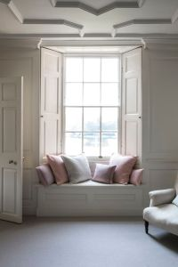 The 25+ best ideas about Bay Window Seats on Pinterest ...