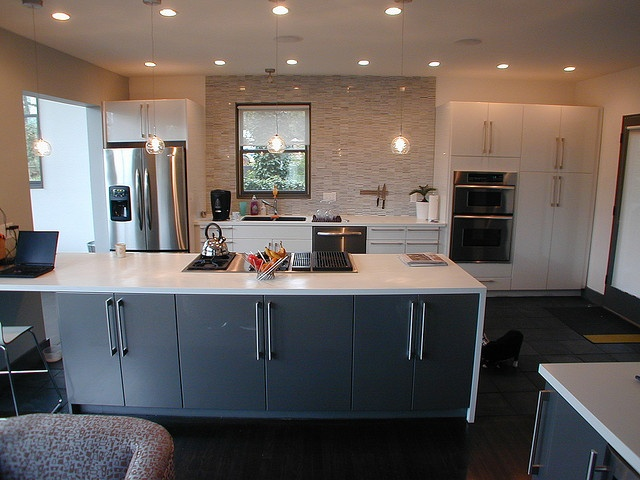 Stainless Steel Topped Kitchen Islands 138 Best Images About Waterfall Countertops On Pinterest