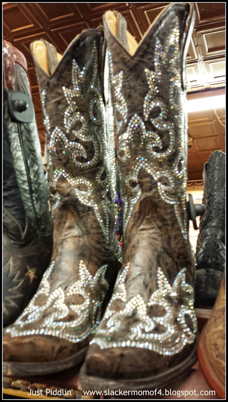 wedding cowboy boots wedding cowboy boots Aren t they sparkly When in Texas Finding the Perfect Country BootsWestern BootsWedding
