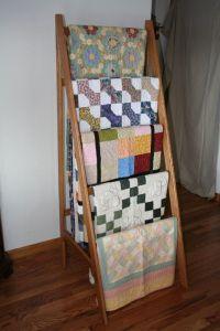 1000+ ideas about Quilt Ladder on Pinterest   Quilt ...