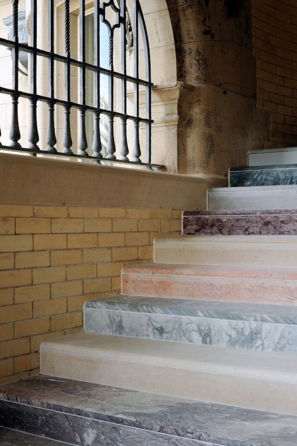 Stair Lighting In Edinburgh 25+ Best Ideas About Marble Stairs On Pinterest | Modern