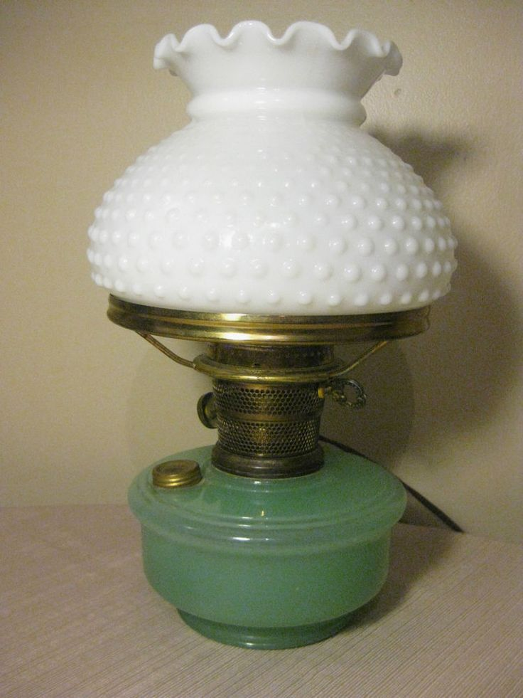 Vintage Aladdin Oil Lamp Green Moonstone & White Hobnail
