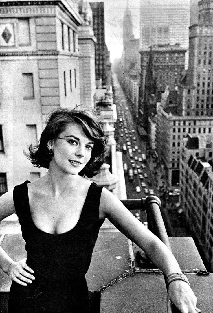 Natalie wood photographed by william claxton in natalie wood
