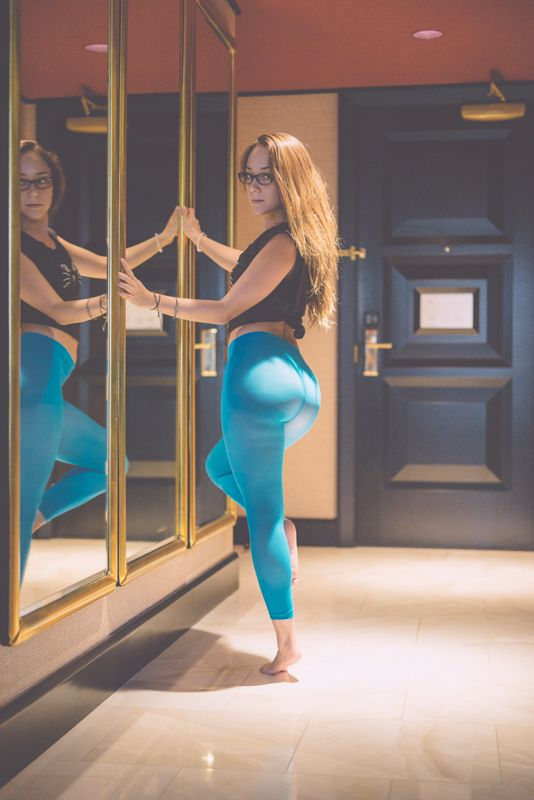 Amazing 3d Live Wallpapers Hd Tights Remy Lacroix Eye Of The Beholder Pinterest