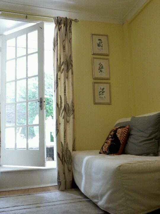 Light Yellow Master Bedroom Dulux Paint In Pale Citrus Yellow | Interior Paint Ideas