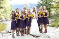 8-bridesmaids-in-cowboy-boots-sunflower-Spring-Smith ...