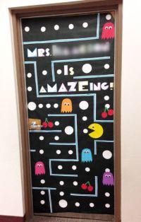 25+ best ideas about Teacher door decorations on Pinterest ...