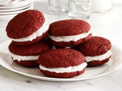 204 best images about Whoopie Pies on Pinterest | Red velvet whoopie pies, King arthur flour and ...