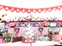 7 best images about Valentine's Day Office Decor on ...