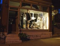 17 Best images about Window Displays on Pinterest ...
