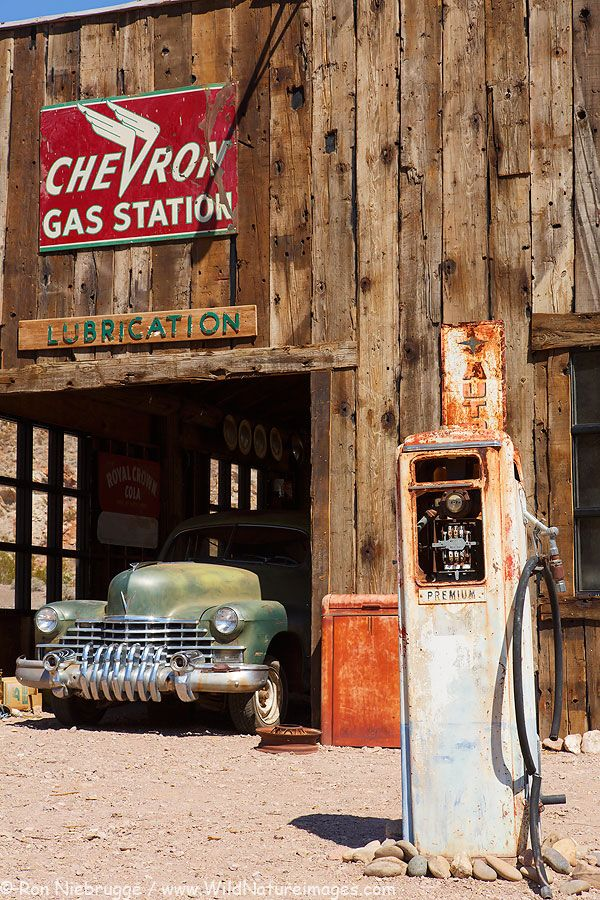 Antique Car Wallpaper Chevron Gas Station At Techatticup Ghost Town And Gold