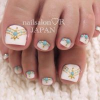Best 25+ Gold Toe Nails ideas on Pinterest