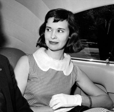 17 Best images about Chic Society Ladies: Gloria Vanderbilt on Pinterest | New york, Sons and ...