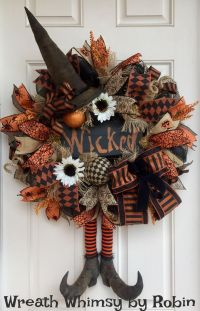 Top 25+ best Halloween wreaths ideas on Pinterest