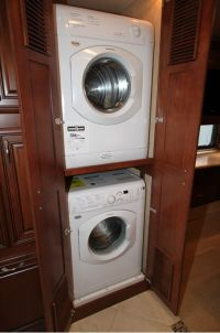 17 Best ideas about Washer Dryer Closet on Pinterest ...