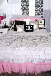 Chic pink, white, and black bedroom. Chanel themed room ...