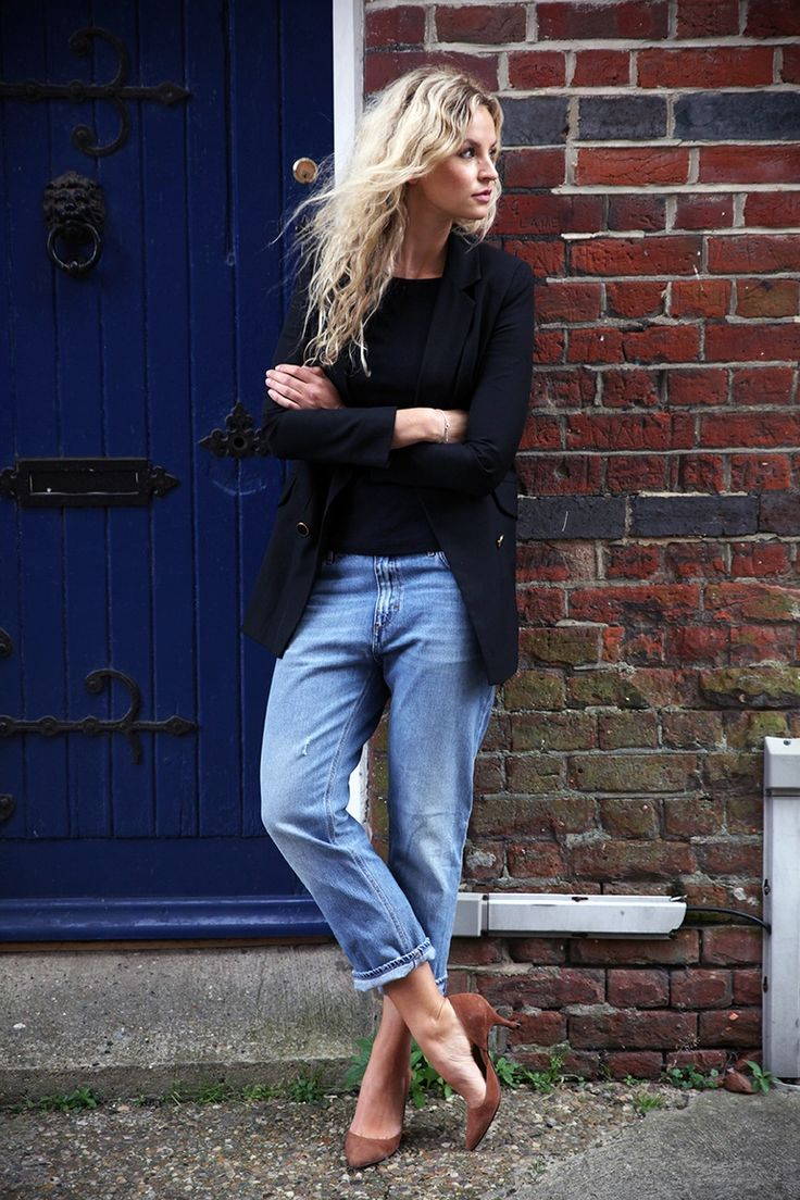 Black t shirt light blue jeans - Black T Shirt Blue Jeans Brown Shoes Find This Pin And More On Jeans Boyfriend Download